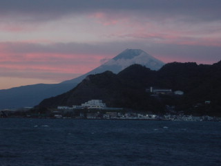 夕陽と富士山 民宿ニュー白坂