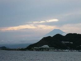 八月の夕富士