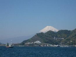 四月の富士