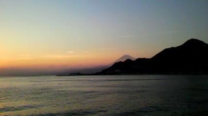 夕映えの富士